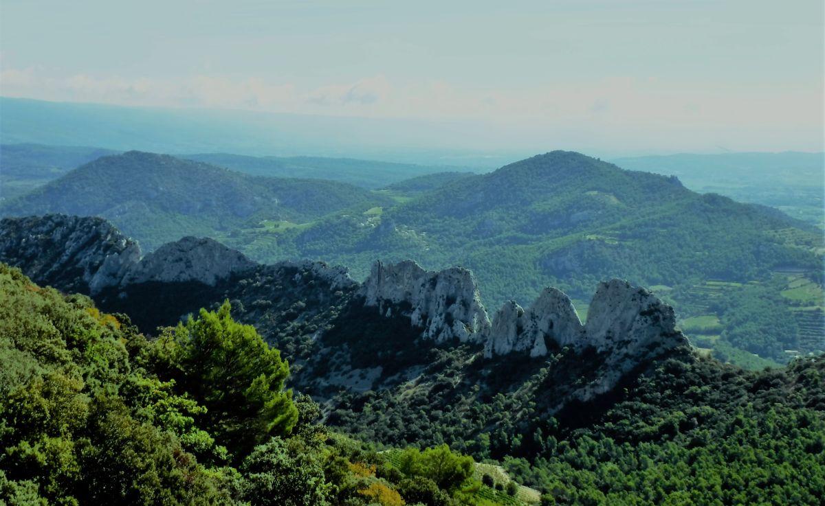 Frankreich Klettern Dentelles de Montmirail Chaine de clapis